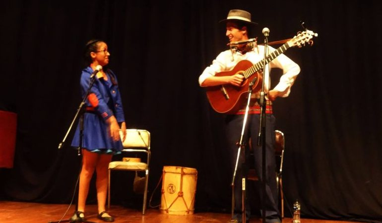El dúo musical Los Caminantes se despide mañana de Tarija con una última función