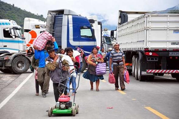 Transporte pesado va al paro con bloqueo de carreteras desde este martes