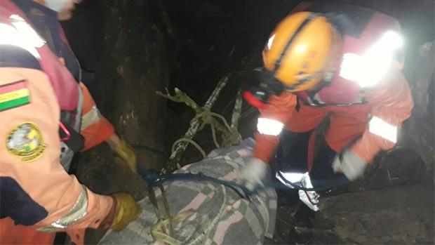 Tres personas mueren arrastradas por una riada en Caranavi