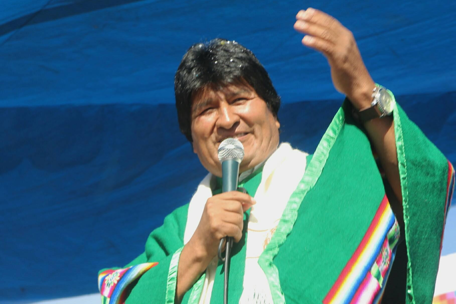 Evo dice que EEUU pierde su tiempo al intentar convulsionar Bolivia