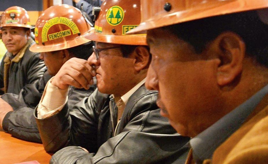 Federación de mineros pide evaluar el acuerdo político Gobierno-cooperativas