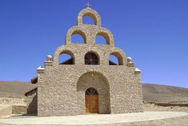 Iglesia 'de piedra' en San Lorencito localidad de Tarija