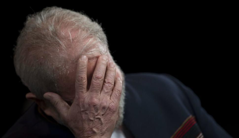 Presidente del tribunal de apelaciones determina que Lula siga en prisión