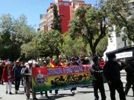 Marcha del 'cacerolazo' y un mitin de protesta en La Paz