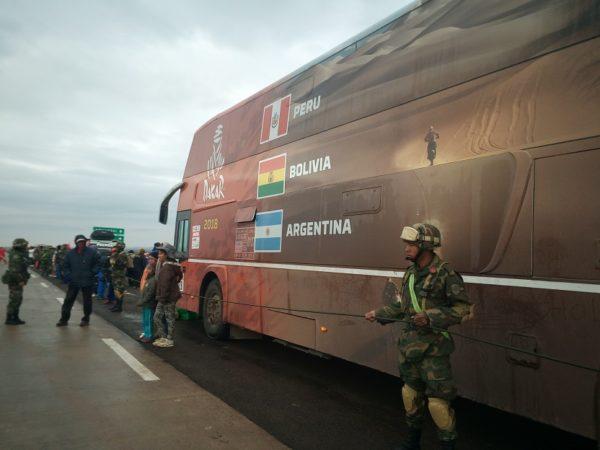 Desplazan más de 600 militares en la ruta del Dakar por Oruro