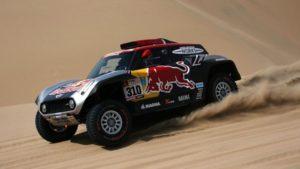 Uno de los debutantes en la competencia, destrozó su automóvil a pocos kilómetros de la salida de la segunda etapa