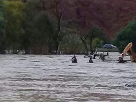 Riada destruye decenas de viviendas en Tupiza