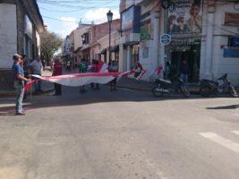 Bloqueos civicos en calles de Tarija