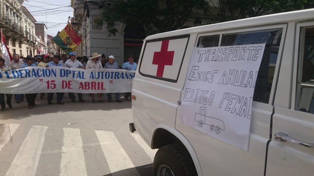 La cod y el transporte marchan en tarija en protesta por for Porte y trafico de estupefacientes codigo penal