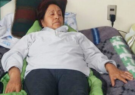 Tras 17 días, profesora Vilma Plata se niega a dejar la huelga