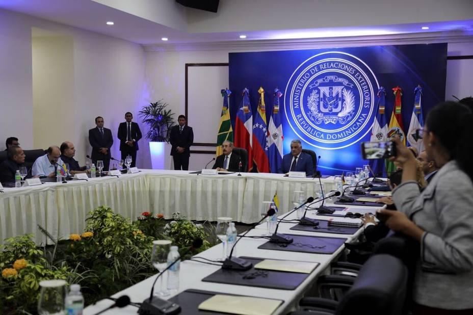 Gobierno y oposición de Venezuela logran avances en diálogo