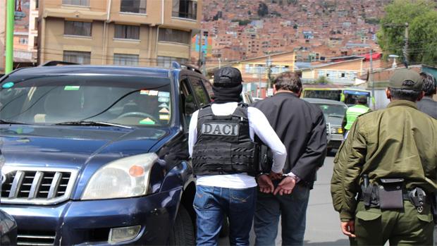 Funcionario del Ministerio de Justicia es enviado a la cárcel por corrupción
