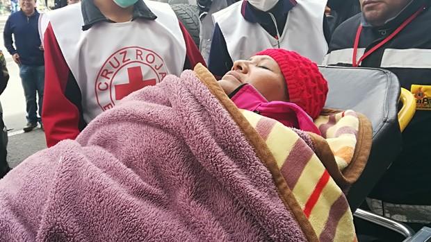 Ambulancias evacúan a tres diputados de huelga de hambre contra el Código Penal