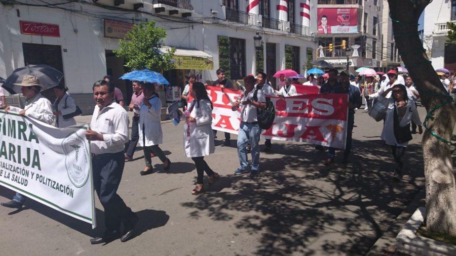 Médicos en Tarija siguen movilizados hasta que la ley esté promulgada en la gaceta oficial