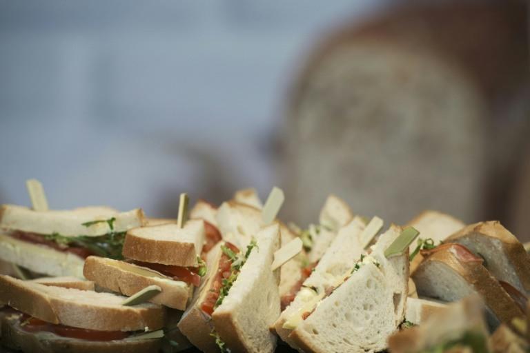 Los sandwiches contaminan tanto el Reino Unido como los coches