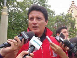 El secretario de Coordinacion de la Gobernacion de Tarija Waldemar Peralta en conferencia de prensa
