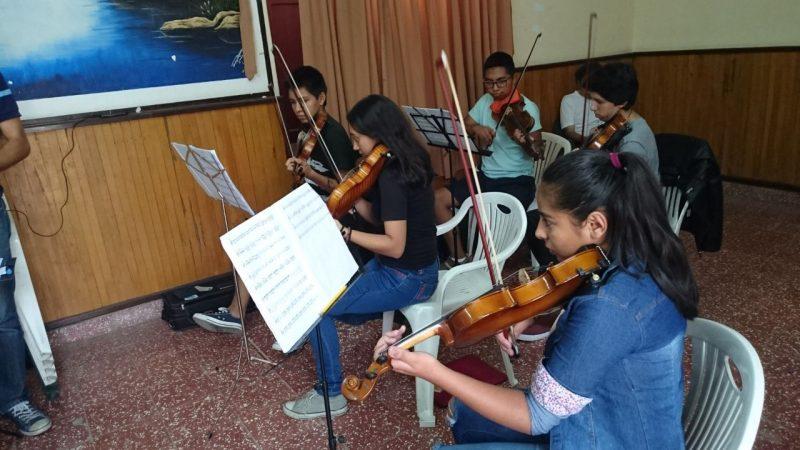 La música y el arte son promovidos como actividades principales por la Alcaldía de Tarija