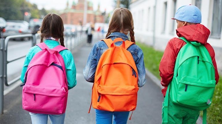 Cómo proteger la espalda de los niños
