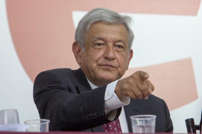 López Obrador presenta su Programa Nacional de Electricidad