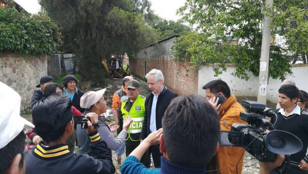 Suman 4 personas fallecidas tras inspeccionar la riada de Tiquipaya