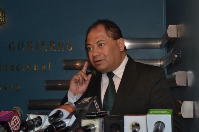 Romero: La derecha está acostumbrada a respaldar opiniones de delincuentes como Hugo Achá