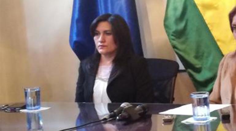 Director de Medios Mauricio Carrasco denunció a exviceministra Carmen Miranda por acoso y discriminación
