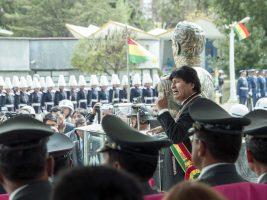 Evo entrega coliseo cerrado para el Colegio Militar de La Paz
