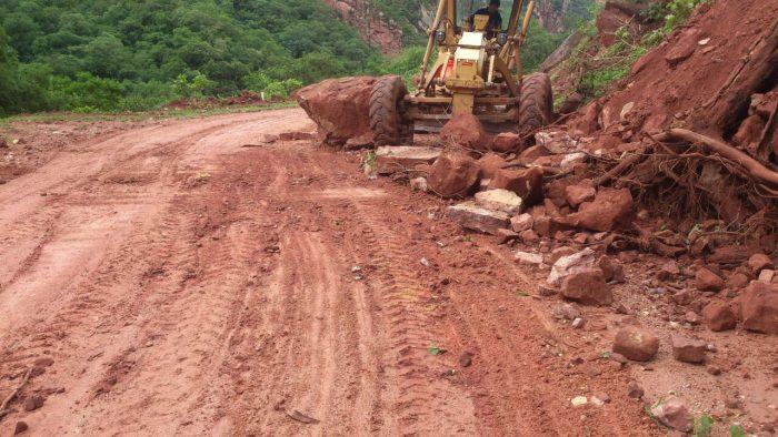 La ABC restringe el paso de la carretera Entre Ríos-Palos Blancos por taludes y trabajos de limpieza