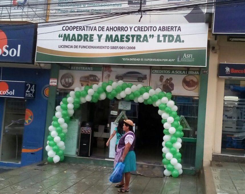 La Cooperativa Madre y Maestra festeja el quinto aniversario de su agencia del Mercado Campesino