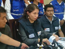 La ministra de Salud de Bolivia Ariana Campero atiende a los medios de comunicación en Tarija