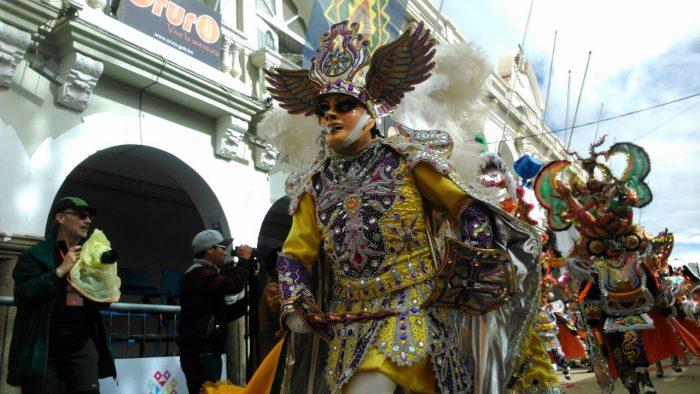 El tradicional Carnaval de Oruro da inicio para deleite de los visitantes