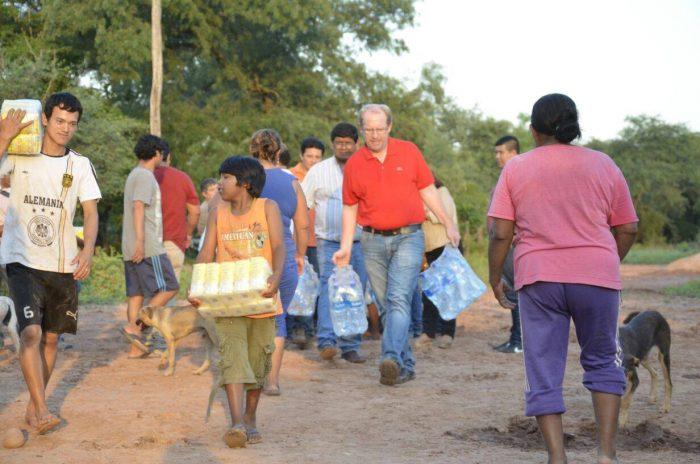 El gobernador Oliva visita Villa Montes y lleva ayuda a comunidades afectadas por las riadas