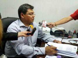 Carlos Oblitas fiscal del departamento
