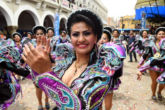 Casi medio millón de turistas disfruta del Carnaval de Oruro
