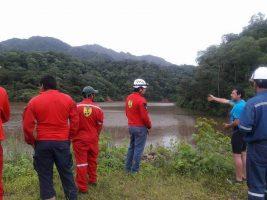 Busqueda de un joven en la represa de Caigua en Villa Montes