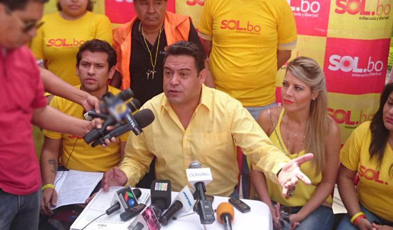 Revilla espera recolectar 6.000 firmas en Tarija para convertir a Sol.bo en partido nacional
