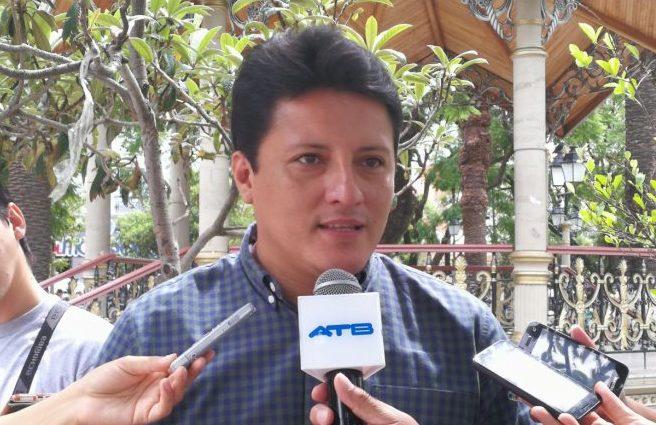 Gobernación de Tarija solicitará la creación de comisiones que garanticen la venta de gasolina a extranjeros