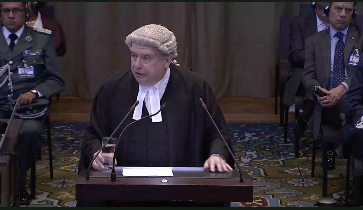 Abogado Lowe: Derecho internacional obliga a Chile a negociar