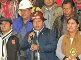 La COB vuelve al seno de la Conalcam. El secretario ejecutivo Juan Carlos Huarachi se presentó este martes en Palacio de Gobierno