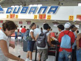 """Cuba celebra una década de hoteles, móviles y ordenadores """"para cubanos"""""""