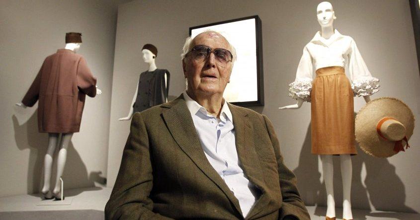 El emblemático diseñador francés Givenchy muere a los 91 años