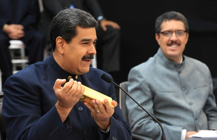Nicolás Maduro vendió casi 14 toneladas de oro de las reservas del Banco Central en las últimas dos semanas