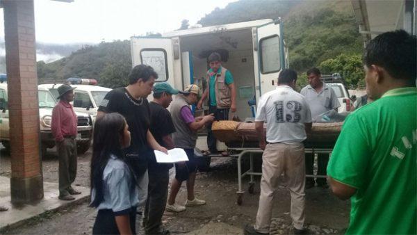 Colisión entre una moto y una vagoneta deja dos heridos en Caraparí