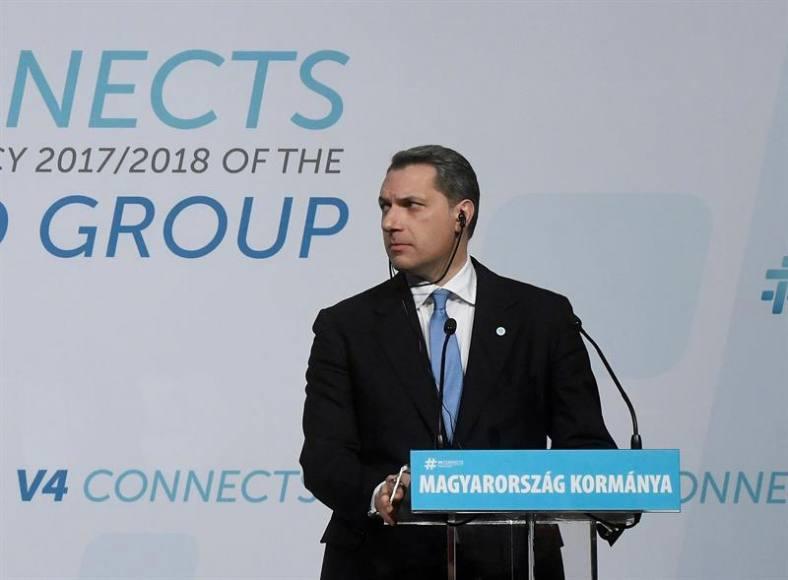 Ministro húngaro: integración de refugiados es imposible, como la de gitanos