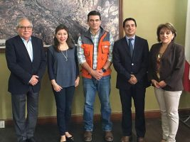 El alcalde de Tarija Rodrigo Paz con representantes de la CAF