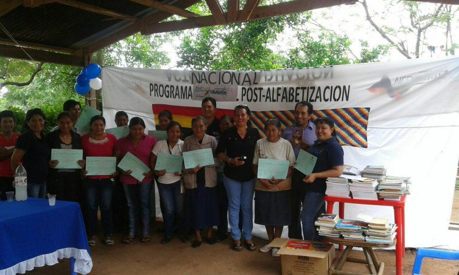 Programa de Pos Alfabetización entrega beneficios a más 50 capacitadores en Tarija