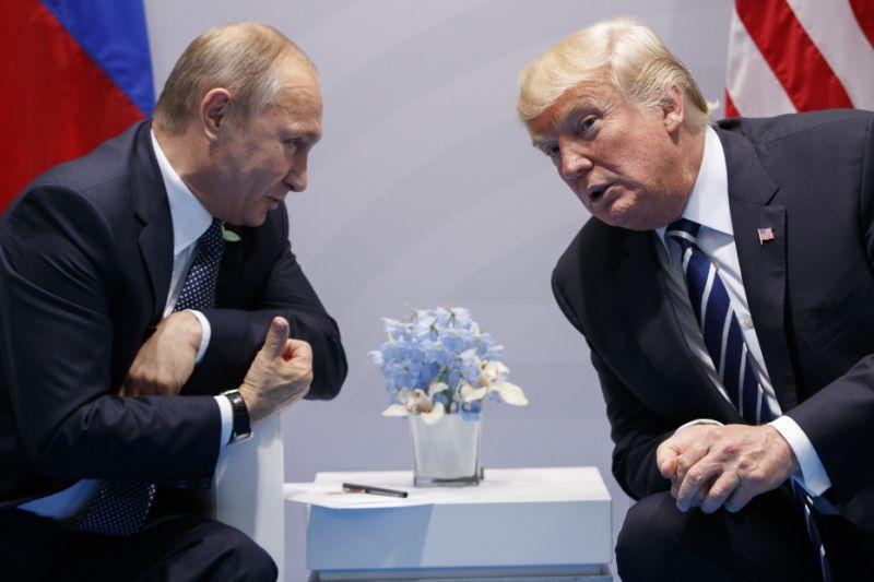 Trump advierte a Rusia que