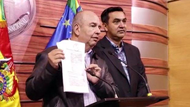 Caso encuesta del MAS: Senador Murillo denuncia a la ministra López por malversación