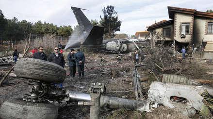 Un avión de carga se estrelló en Irán: hay 15 muertos y un sobreviviente muy grave