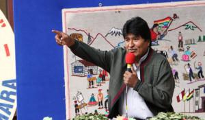 Evo saluda en aymara a sus seguidores en El Alto